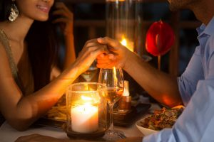 Dating mit zwei online-leuten fühlt sich falsch an