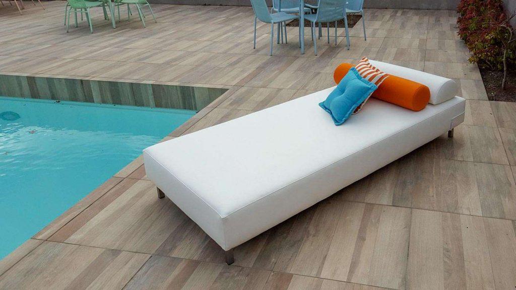 Schones Lounge Bett